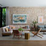 Masuki Rumah Miami yang Damai Namun Segar Yang Dibangun Sepenuhnya Dari Awal