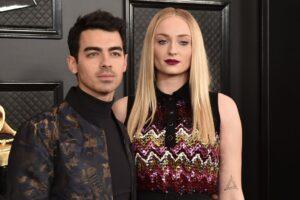 Joe Jonas dan Sophie Turner Daftar LA Home seharga $16,75 Juta