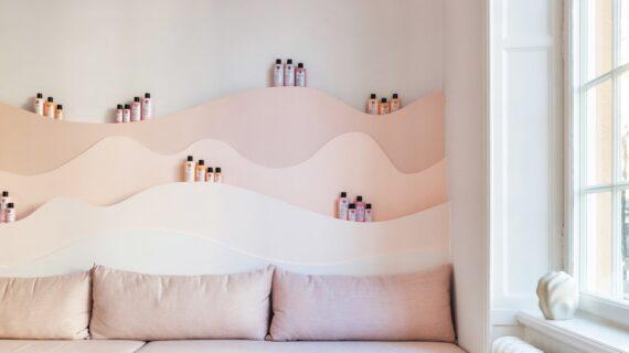 Salon Stockholm Ini Akan Mengubah Cara Anda Berpikir Tentang Pastel