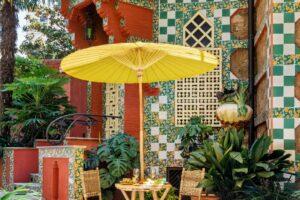 Sekarang Anda Akhirnya Dapat Menginap di Rumah Desain Pertama Antoni Gaudí