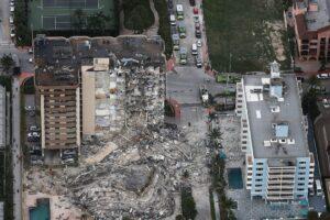 Apa yang Harus Diketahui Tentang Runtuhnya Bangunan Kondominium Dekat Pantai Miami