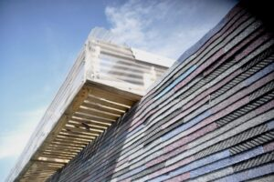 Break the upcycle: waste as a building material