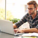 12 Pekerjaan yang Memungkinkan Anda Bekerja Dari Rumah