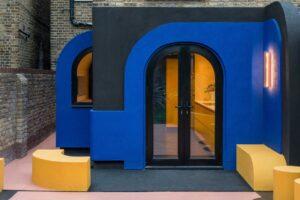 Kurva dan Warna Mencuri Pertunjukan di Perpanjangan Rumah Kota London Ini
