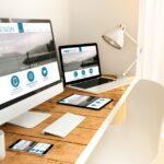 Kartu Nama Bye Bye: 4 Desain Situs Web yang Menyambut